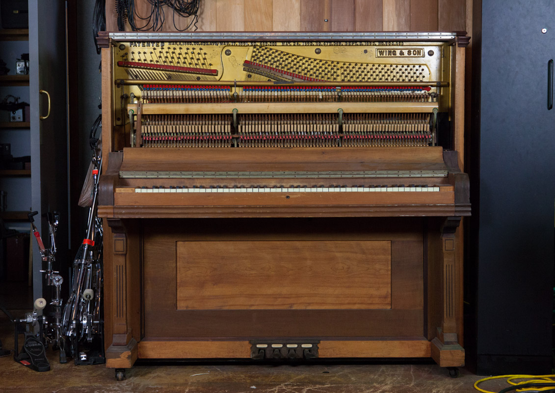 Spectrasonics - Keyscape - Wing Upright Piano